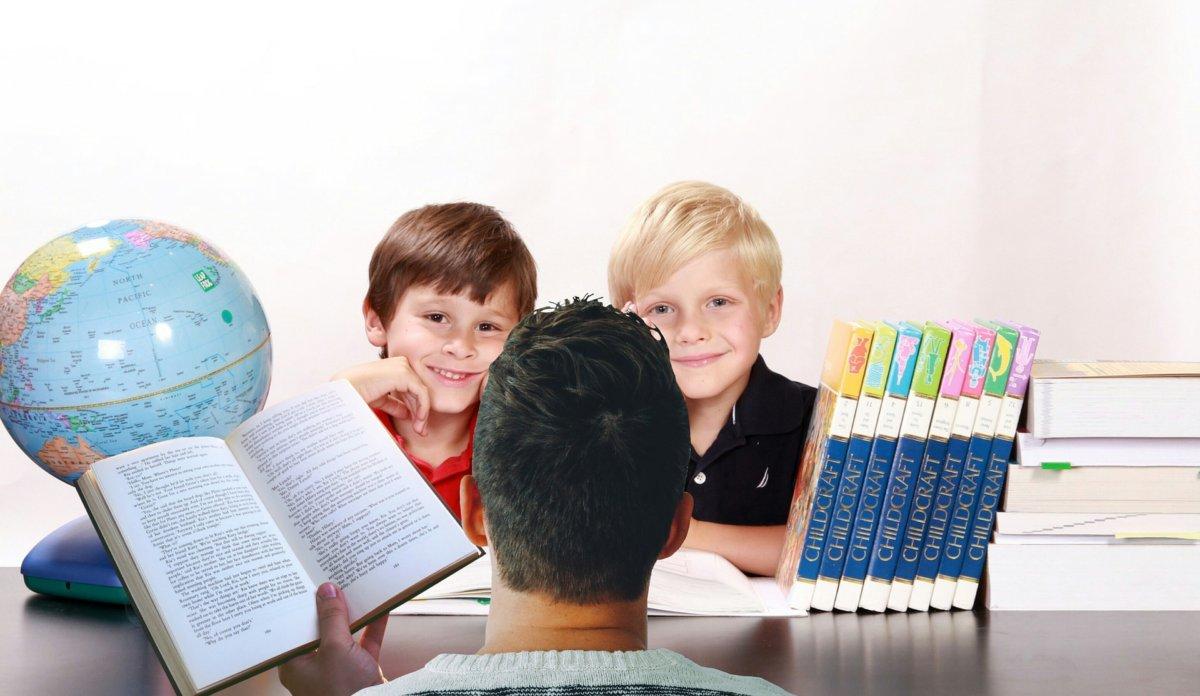 子供に英語を教える