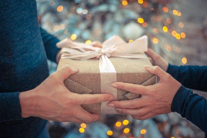 プレゼントお祝い
